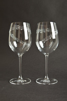 Set of 2 - 'Town I Love So Well' -19oz Wine Glass - , Blue Casket Box